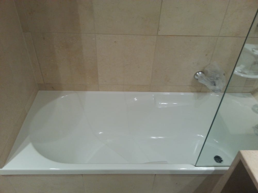 Επισμάλτωση Μπανιέρας Ξενοδοχείου στη Χαλκιδική