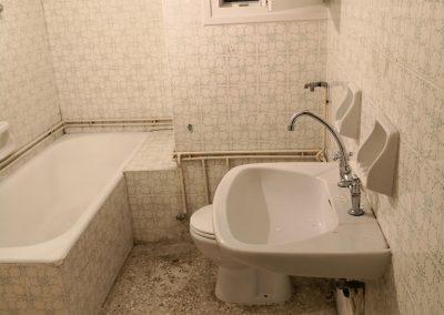 γενική-ανακαίνιση-μπάνιου-πετράλωνα-πριν-11