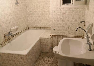 γενική-ανακαίνιση-μπάνιου-πετράλωνα-πριν-2