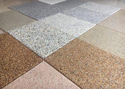 Μοντέρνα δάπεδα χαλαζία, δείγματα πέτρας σε διάφορους χρωματισμούς, κοκομετρίες και ελεύθερη επιλογή συνδυασμών αποχρώσεων